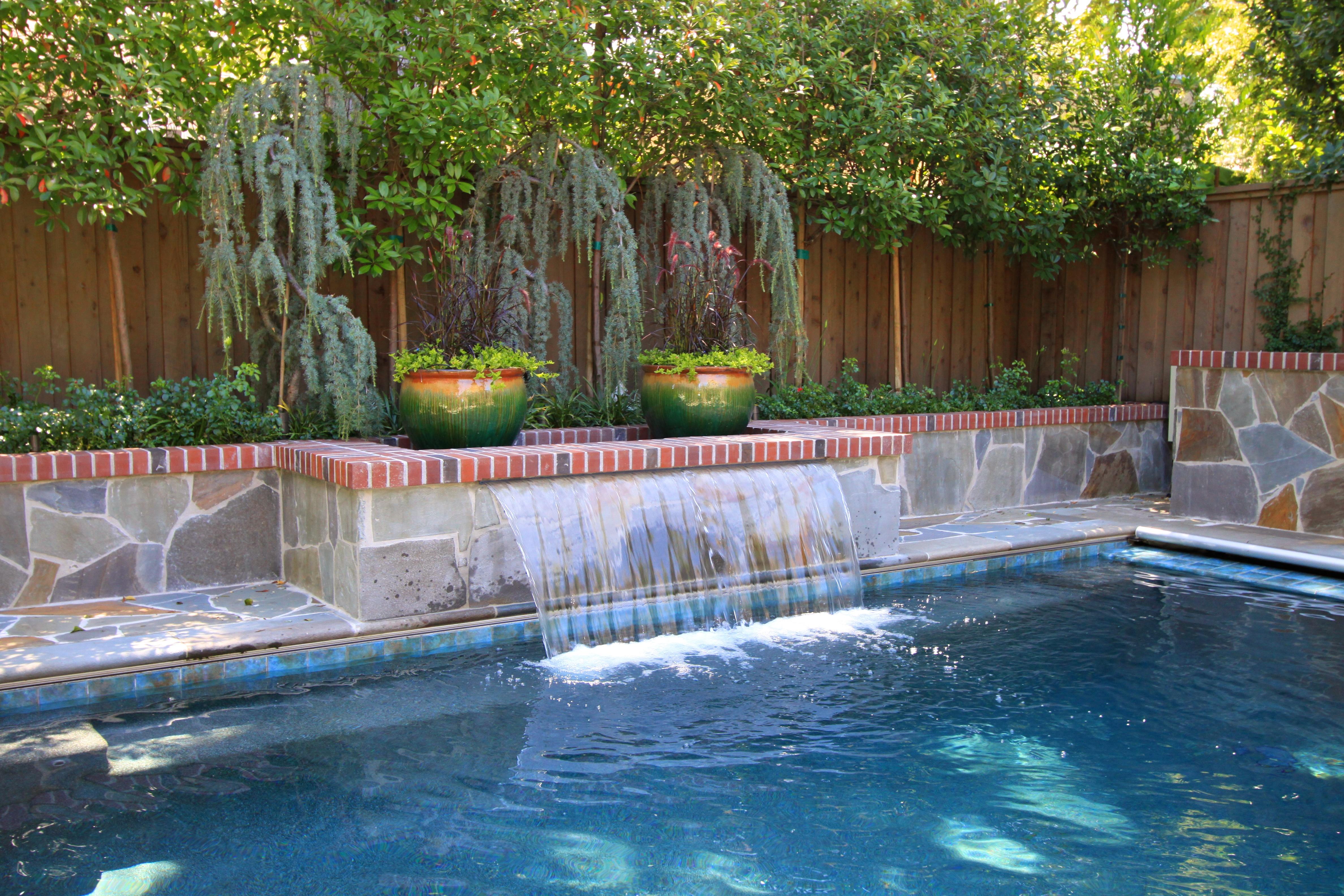 An Elegant Pool For A Small Backyard